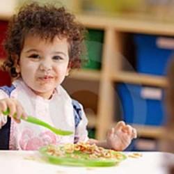Orang Tua Harus Bijak Pilih Nutrisi untuk Anak