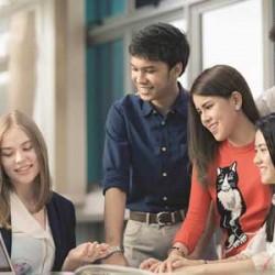 Mencari Pendidikan yang Tepat Bagi Masa Depan Anak