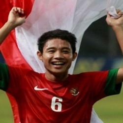 Evan Dimas Dianugerahi Pemain Muda Terbaik ISC