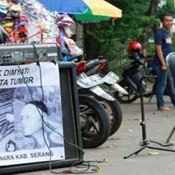 Tolong! Dimyati Penderita Tumor Ganas Butuh Bantuan