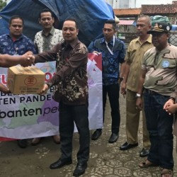Program CSR, Bank Banten Salurkan Bantuan Untuk Korban Banjir