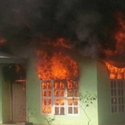 Diduga, Rumah Warga Cikande Dibakar Kawanan Maling