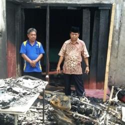 Rumah di Baros Terbakar, Istri Tewas Suami Kritis