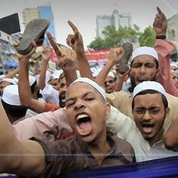Lihat Hatimu, Islam atau Kekufuran yang Kamu Bela?
