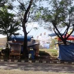 Pengelola Pasar Malam Ngaku Ditipu Oknum Kades di Lebak