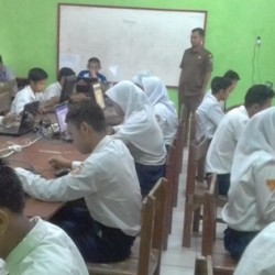 Satu-satunya, SMPN Satap Catang di Kabupaten Serang Laksanakan UNBK