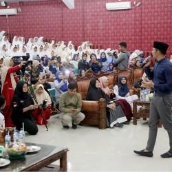 AHY Kunjungi Pesantren Putri Al-Mizan di Pandeglang
