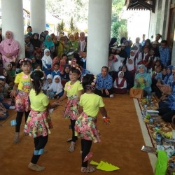 Tatu: Ibu Madrasah Pertama bagi Putra dan Putrinya