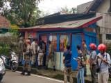Pol PP Lebak Tegur Warteg yang Kedapatan Buka Usaha di Siang Hari