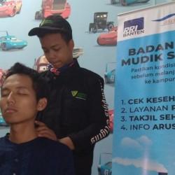 Dompet Dhuafa Banten Buka Layanan Pijat Gratis di Pelabuhan Merak