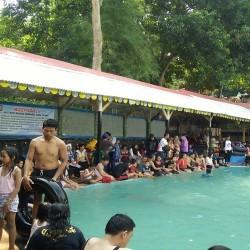 Pemandian Air Panas Tirta Lebak Buana Diserbu Pengunjung