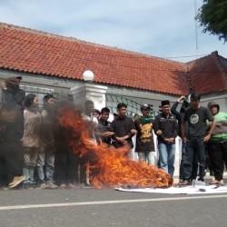 DPRD Lebak 'Bodohi' Rakyat,  Benarkah?