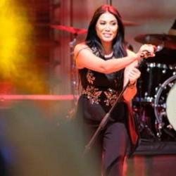 Anggun Tampil di Festival Musik Italia