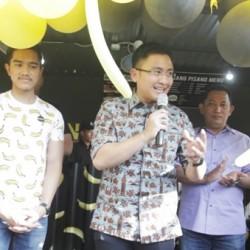 Andika Hadiri Launching Kedai Kue Kaesang