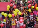 Relawan PWI dan SMSI Babel Hibur Anak-anak Pengungsi