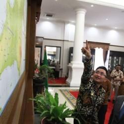 Andika Promosikan Pariwisata Banten ke Dubes China