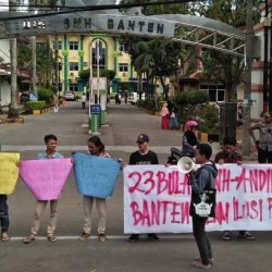 Giliran KMS-30, Aksi Tuntut WH Mundur dari Jabatan Gubernur Banten