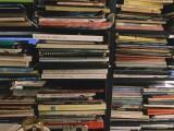 Membongkar Mitos Sastra Kita