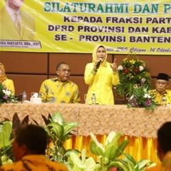 Rapatkan Barisan, Seluruh Dewan Golkar di Banten Diminta Solid