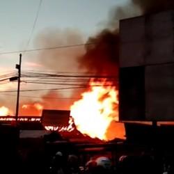 Kebakaran di Pasar Baros, 300 Kios Ludes Terbakar