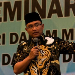 Wagub Banten Minta Walikota/Bupati Evaluasi Regulasi Hambat Investasi