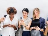 Perempuan Harus Bijak Gunakan Internet