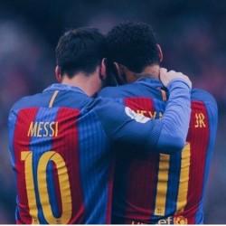 Neymar Ingin Main Bareng Messi Lagi?