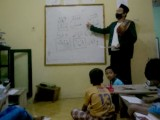 Selain Mengayomi Masyarakat, Bripka Ali Ajarkan Anak-Anak Mengaji
