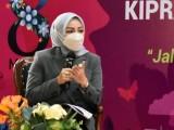 Adde Rosi Raih Penghargaan Inspiring Women Teropong Parlemen Award 2021